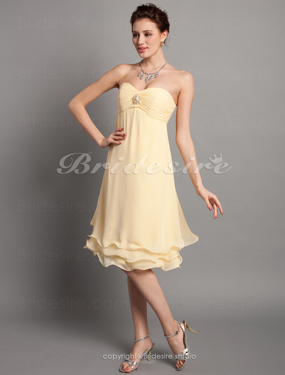 A-line Empire Chiffon Knee-length Strapless Bridesmaid Dress