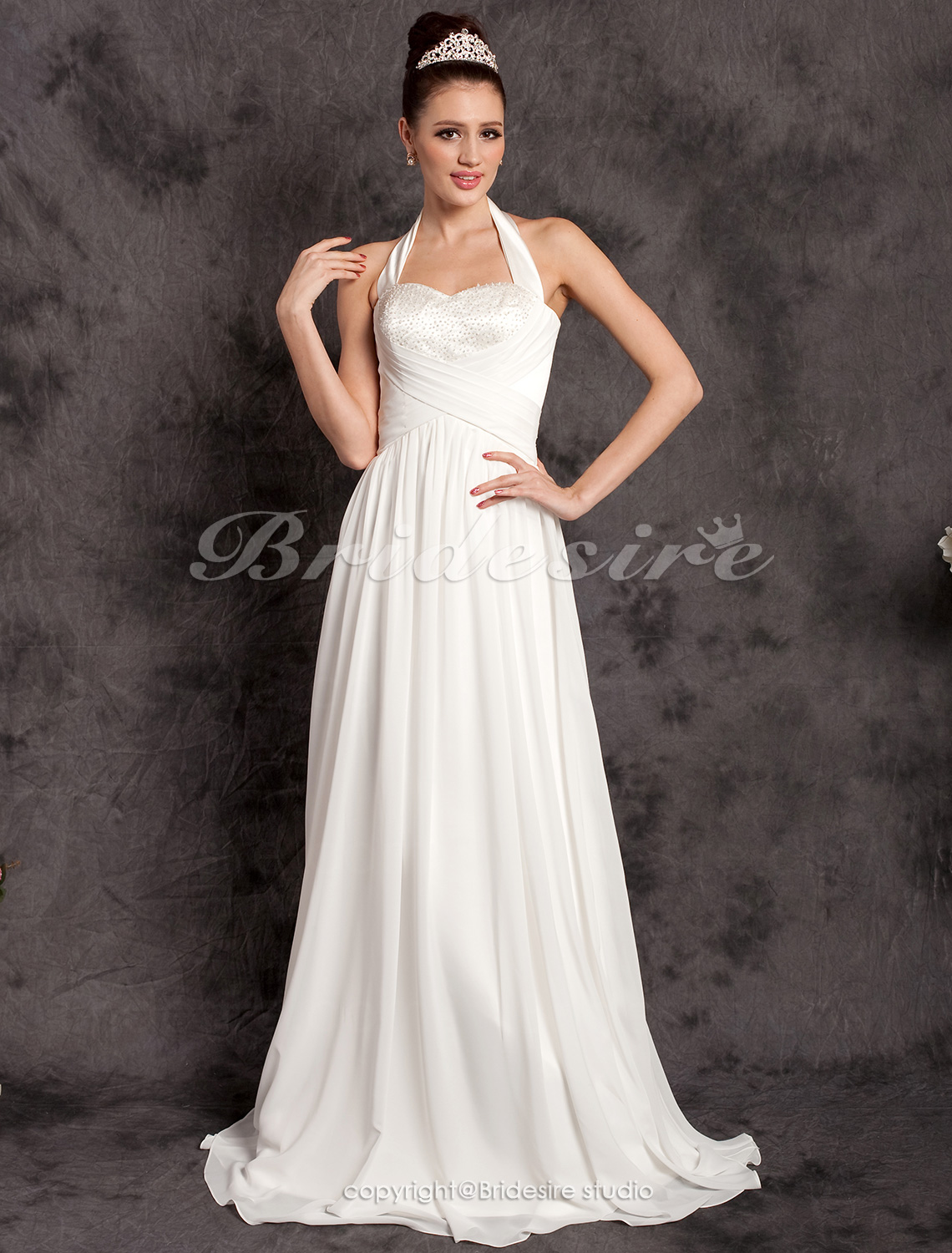 Sheath/Column Chiffon Floor-length Halter Wedding Dress