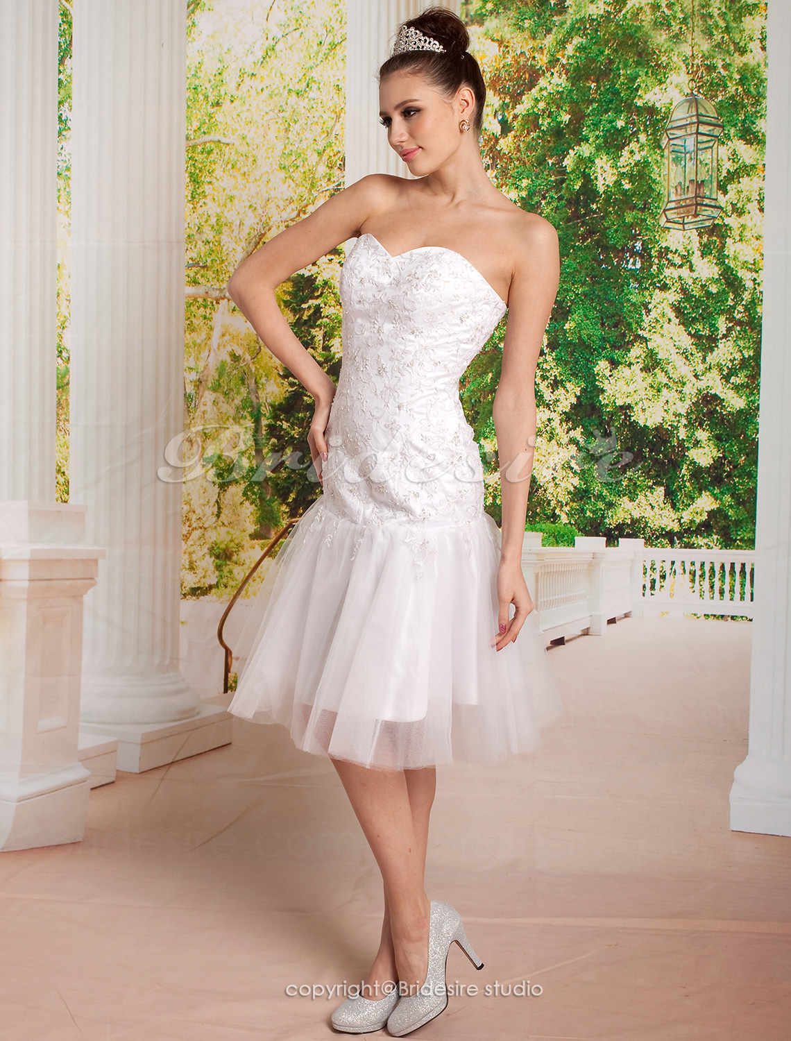 Sheath/ Column Tulle And Lace Knee-length Sweetheart Wedding Dress