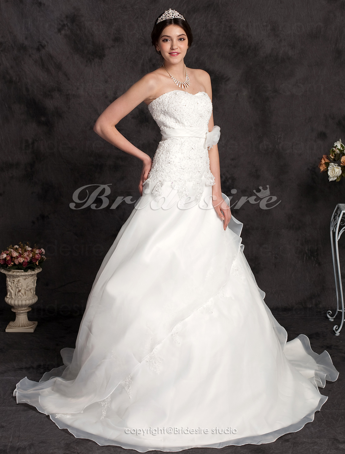 A-line Lace And Organza Court Train Strapless Wedding Dress