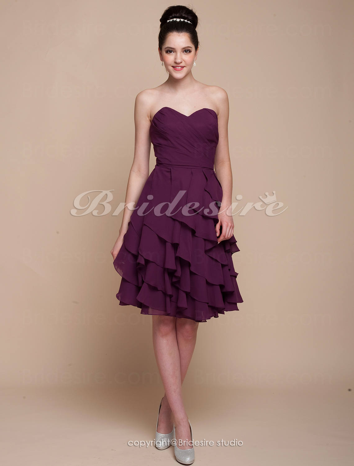 A-line Knee-length Tiered Chiffon Sweetheart Bridesmaid Dress