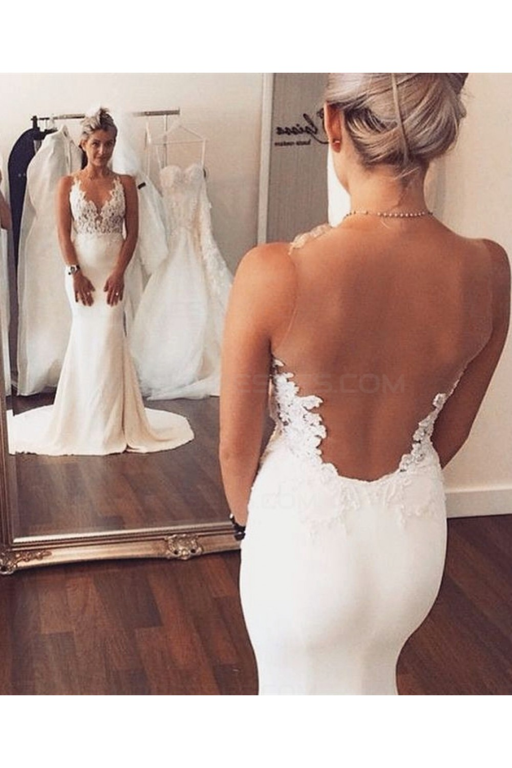 Trumpet/Mermaid Scoop Sleeveless Chiffon Wedding Dress