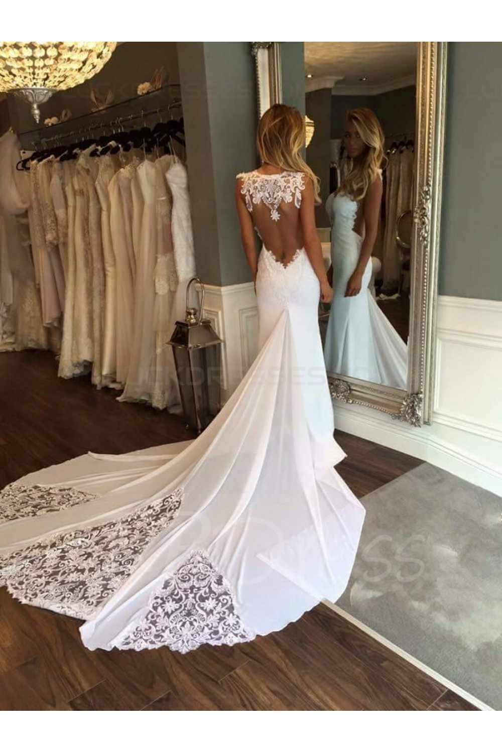 Sheath/Column Bateau Sleeveless Chiffon Wedding Dress