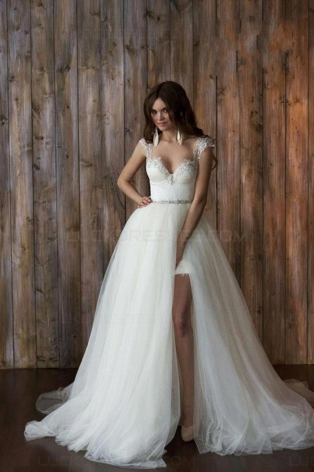 Sheath/Column Sweetheart Sleeveless Lace Wedding Dress
