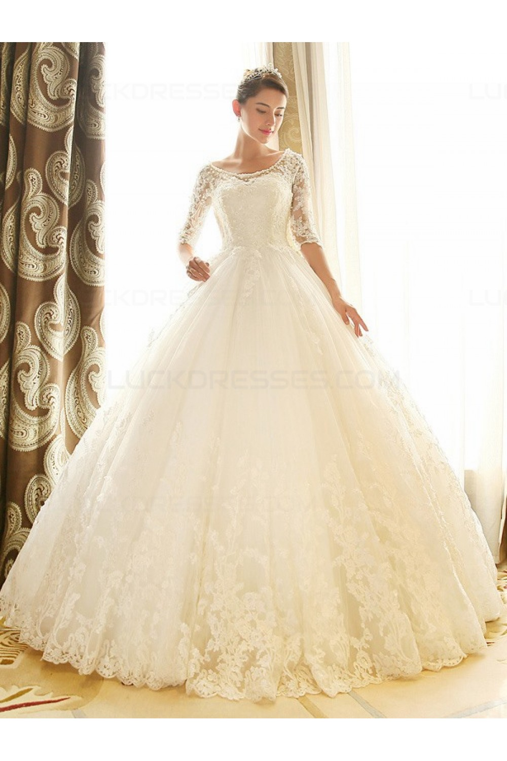 Ball Gown Scoop Half Sleeve Lace Wedding Dress