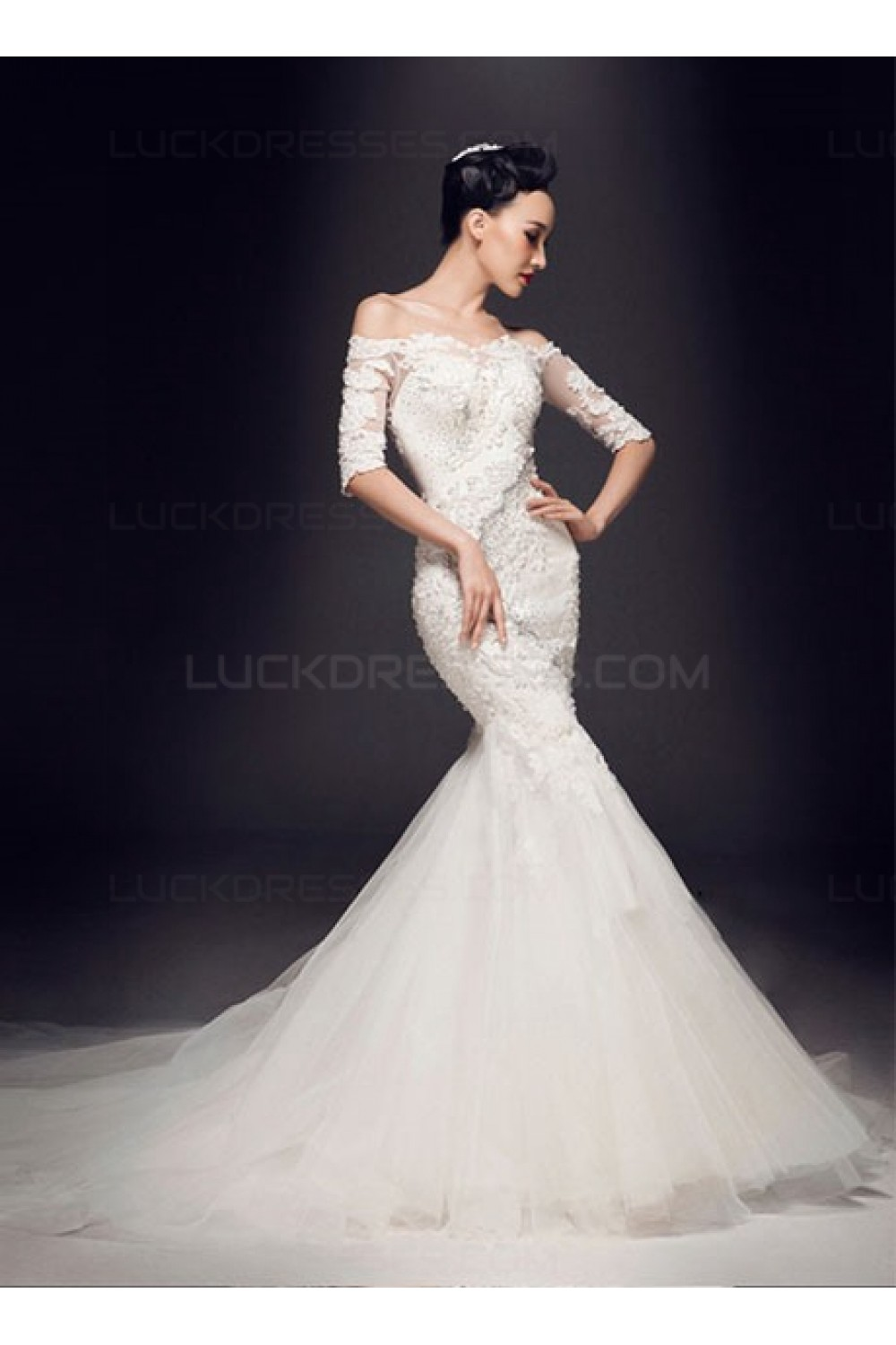 Trumpet/Mermaid Off-the-shoulder Half Sleeve Lace Wedding Dress