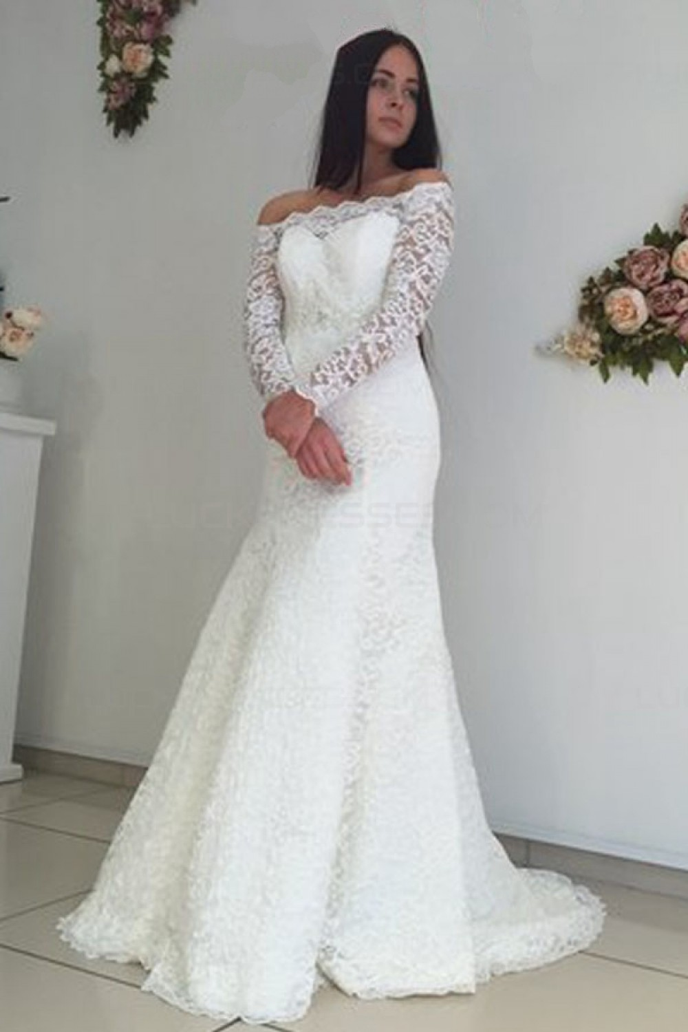 Trumpet/Mermaid Off-the-shoulder Long Sleeve Lace Wedding Dress