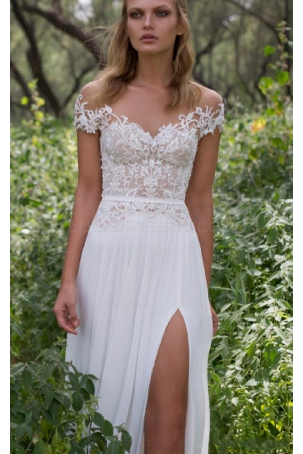 Sheath/Column Scoop Short Sleeve Chiffon Wedding Dress