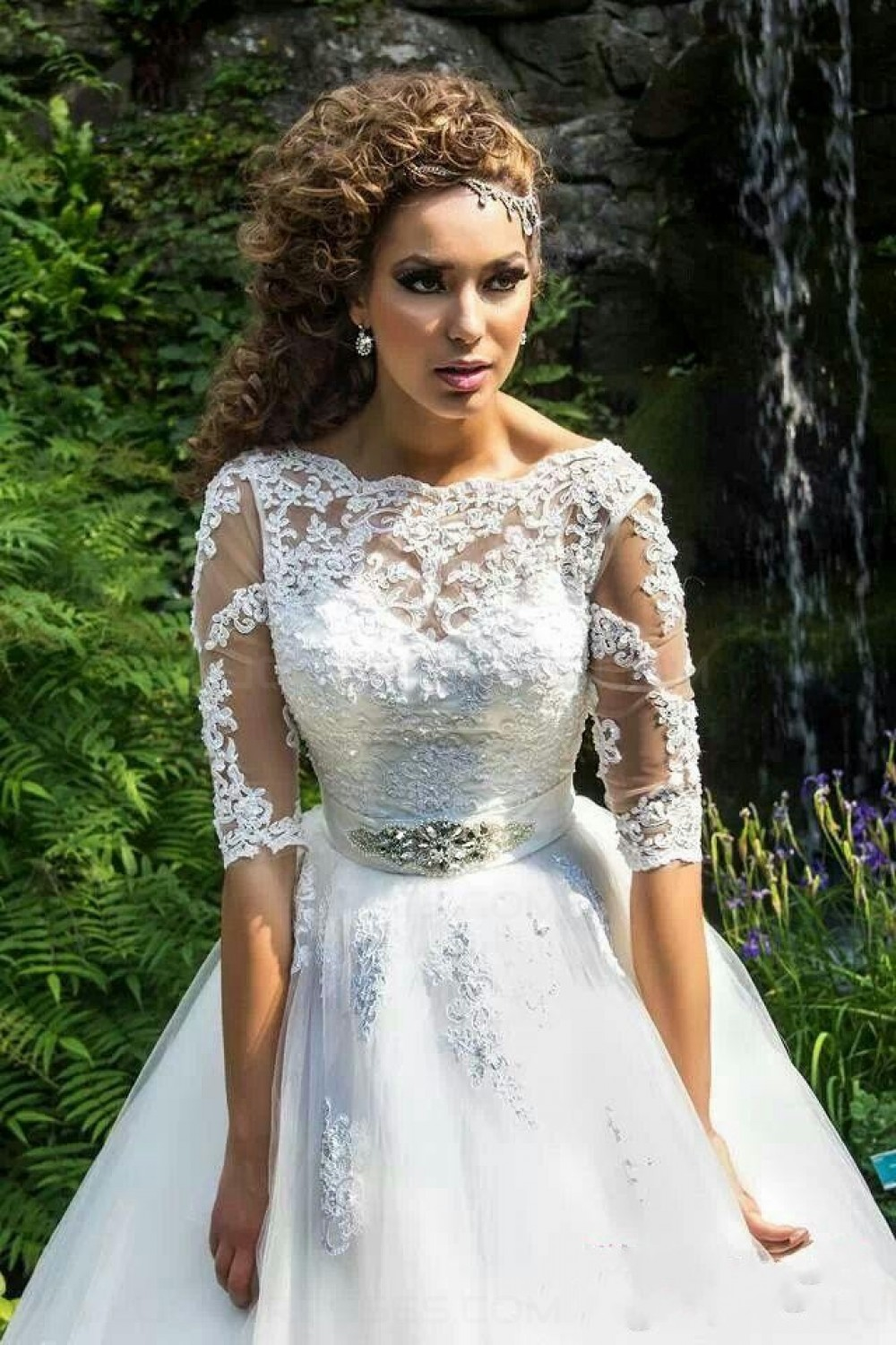 Ball Gown Bateau Half Sleeve Tulle Wedding Dress