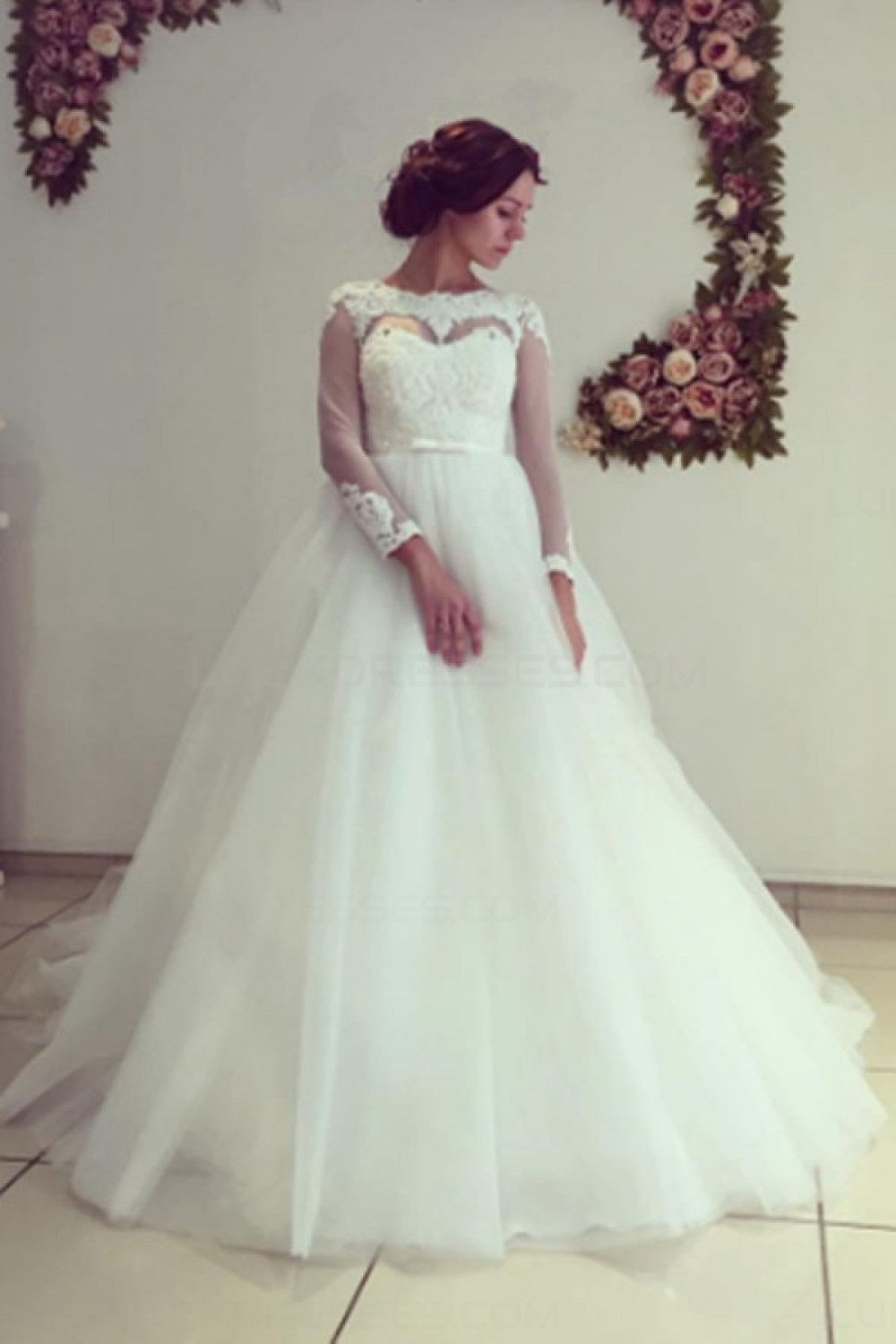 Ball Gown Bateau 3/4 Length Sleeve Tulle Wedding Dress