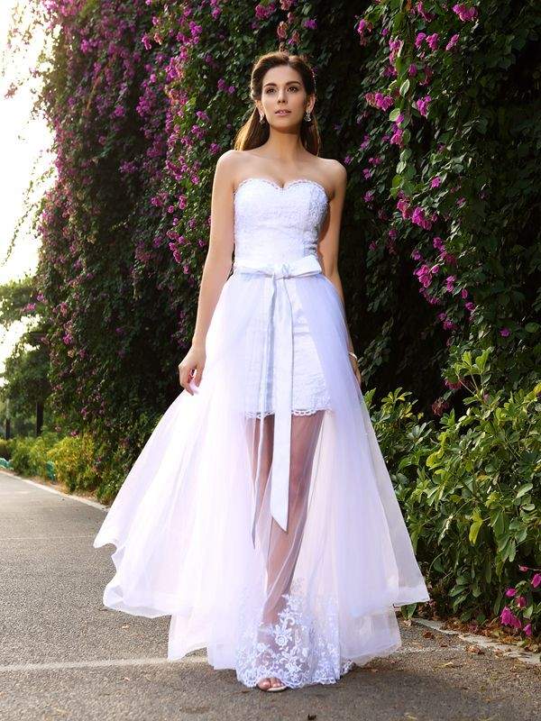 Trumpet/Mermaid Sweetheart Sleeveless Tulle Wedding Dress