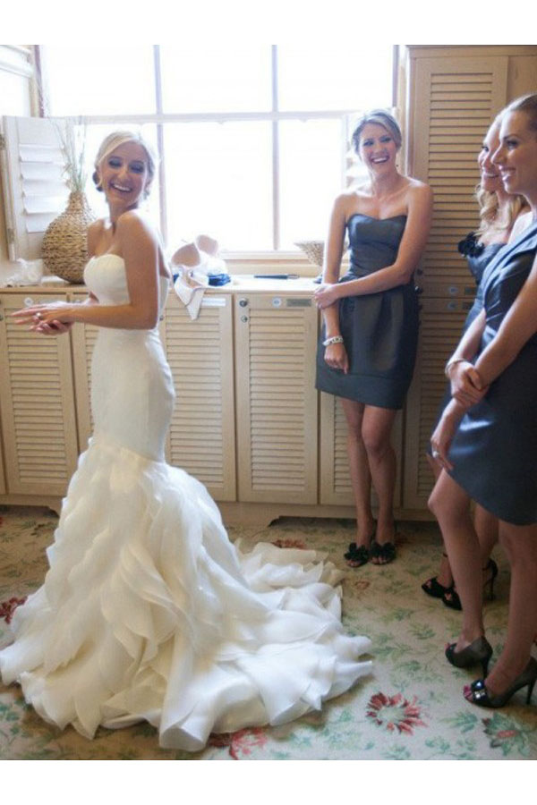 Trumpet/Mermaid Sweetheart Sleeveless Organza Wedding Dress