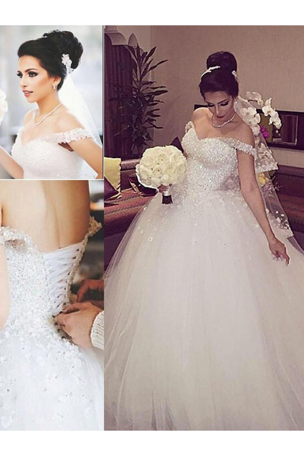 Ball Gown Off-the-shoulder Sleeveless Tulle Wedding Dress