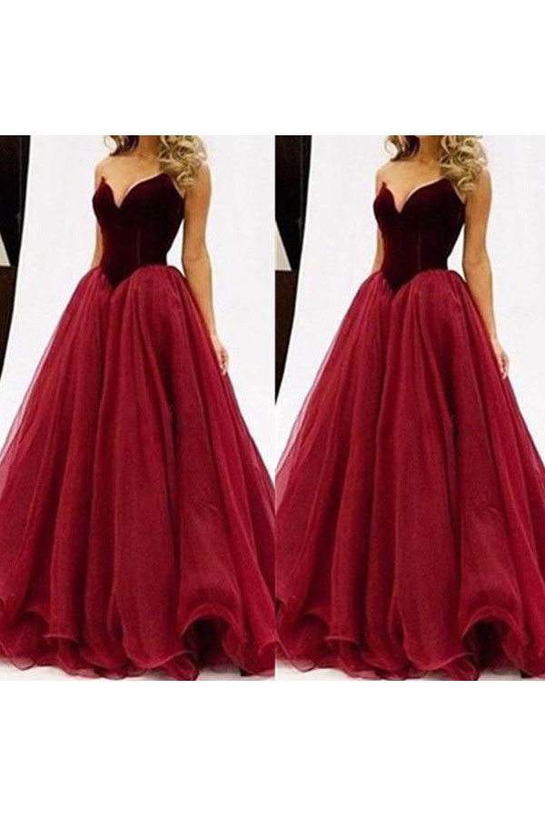 Ball Gown Sweetheart Sleeveless Tulle Dress