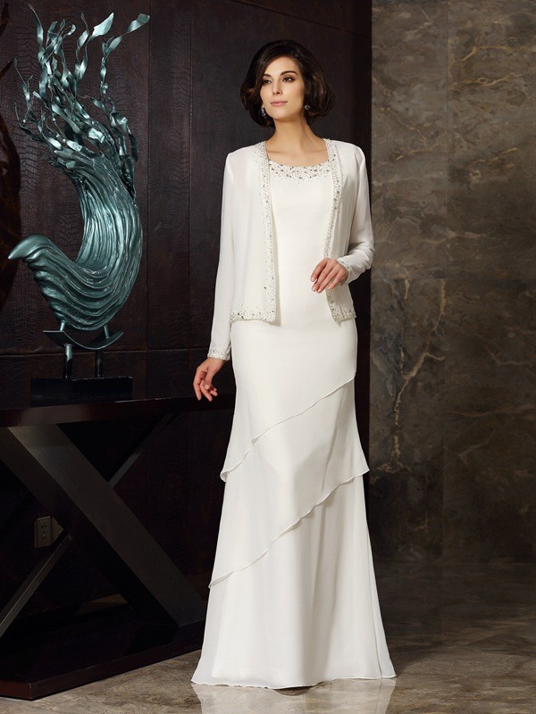 Sheath/Column Scoop Sleeveless Chiffon Mother of the Bride Dress