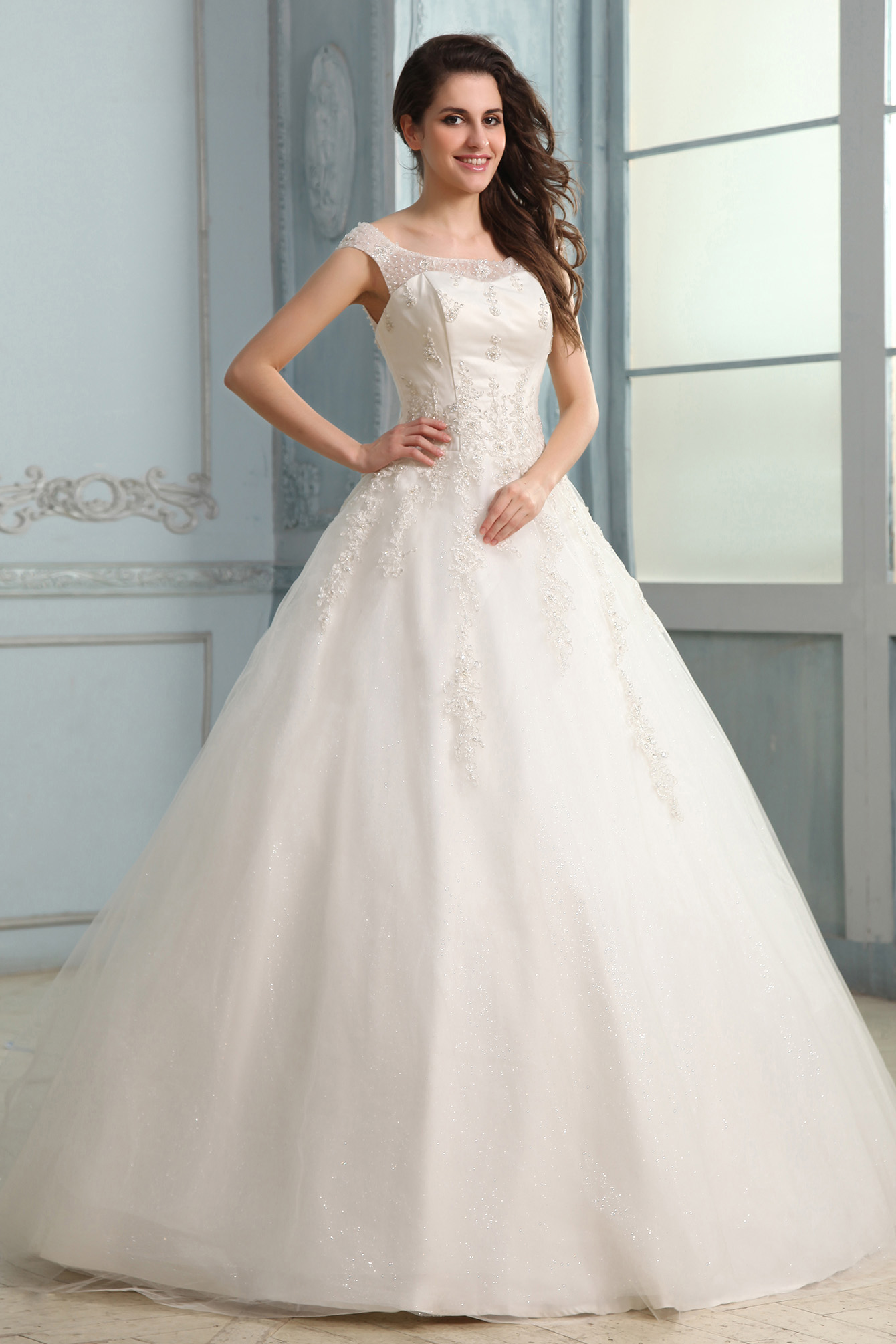 Ball Gown Bateau Floor-length Lace Wedding Dress