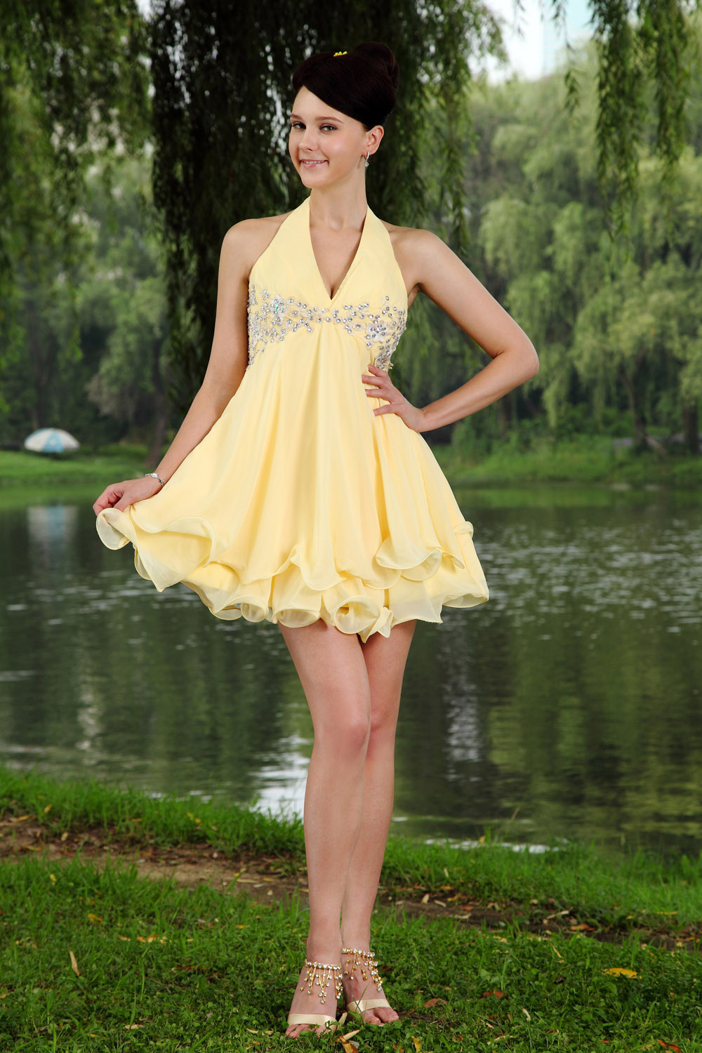 A-line Sheath/Column V-neck Knee-length Chiffon Holiday Dress