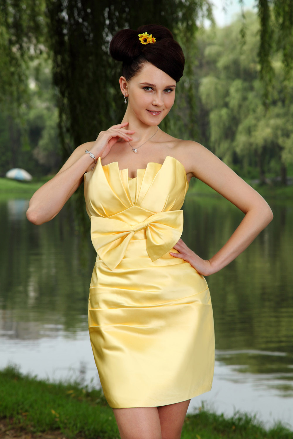 A-line Strapless Asymmetrical Chiffon Graduation Dress