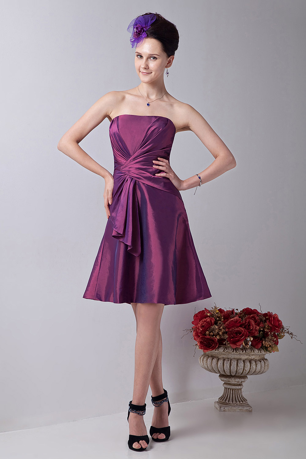 Sheath/Column Sweetheart Short/Mini Taffeta Graduation Dress