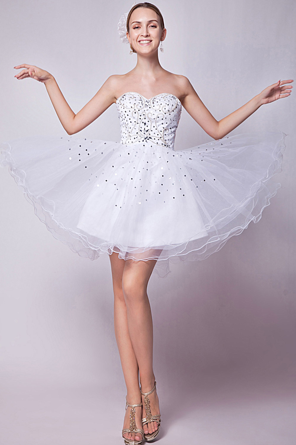 A-line Halter Knee-length Satin Homecoming Dress
