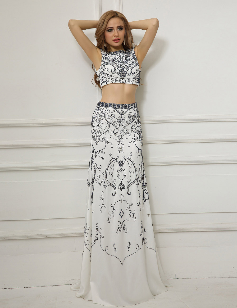 A-line Scoop Floor-length Chiffon Lace Prom Dress